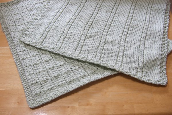 Simple Blanket Knitting Patterns : Knitting Patterns Galore - Simple Lines Baby Blankets