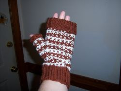 Slip Stitch Dotted Mitts