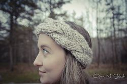 Cable Knit Crown Chunky Headband
