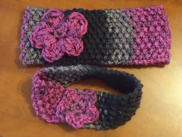 Knitting Patterns Galore - Quick Headband with Flower