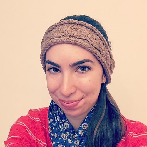 Knitting Patterns Galore - Cable Headband