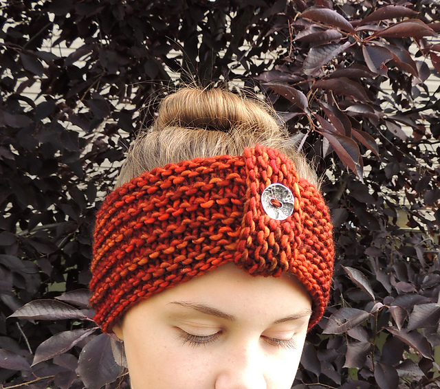 Knitting Patterns Galore - Rachelle Chunky Ear Warmer