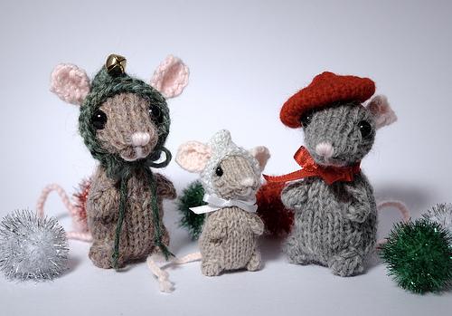 Knitting Patterns Galore Holiday Mice
