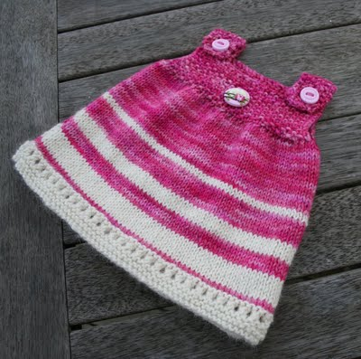 Knitting Patterns For Baby Tunics : Knitting Patterns Galore - Super Simple Baby Tunic
