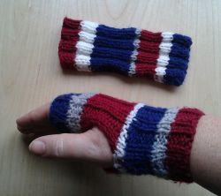 Knitting Patterns Galore - Striped Ribbed Teen Wristwarmer ...