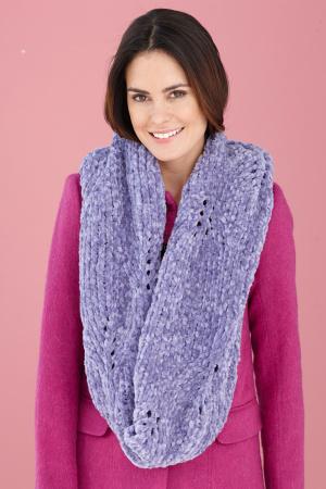 Knitting Patterns Galore - Chenille Lace Cowl
