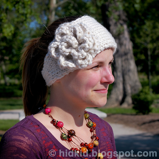 Knitting Pattern For Headband With Button : Knitting Patterns Galore - Warm Flower Headband with a Button