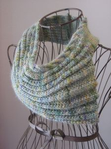 Ribbed Shell Cowl