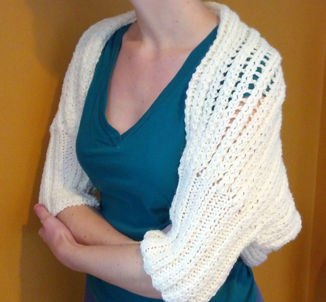 Free Knitting Pattern For Shrug : Knitting Patterns Galore - Cozy Shrug