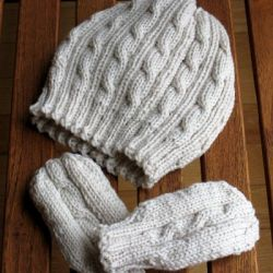 Cabled Baby Hat and Mittens Set