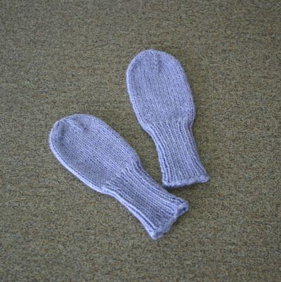 Knitted Toy Pattern : Knitting Patterns Galore - Fingering Weight Baby Mittens