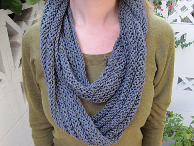 Knitting Patterns Galore - Wrapping Ribbed Cowl