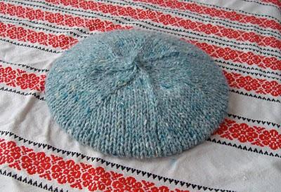 Knitting Patterns Galore 75 Meter Bulky Beret Or 82 Yard