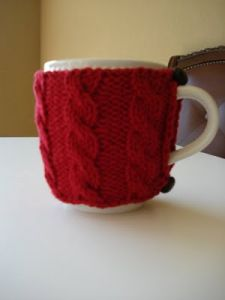 Quick Cabled Cup Cozy