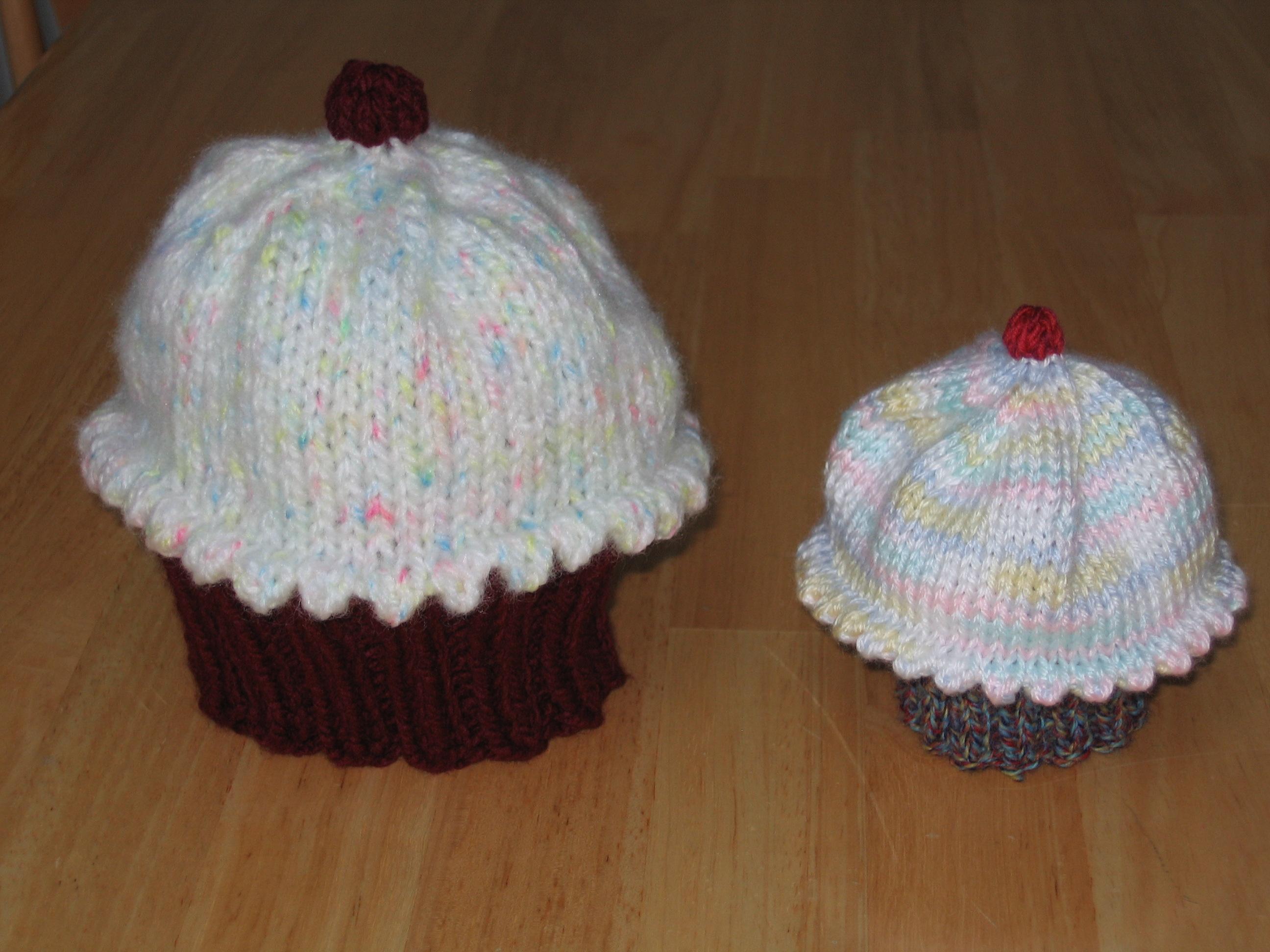 Knitting Patterns Galore - Yummy Cupcake Hat
