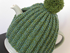 Free Easy Knitting Pattern For A Tea Cosy : Knitting Patterns Galore - Shamrock Tea Cosy