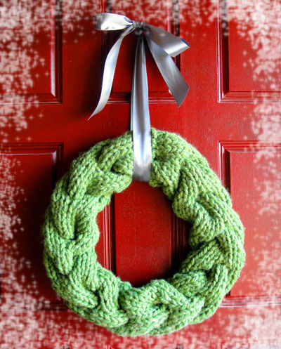 Knitting Patterns Galore Cable Vision Wreath