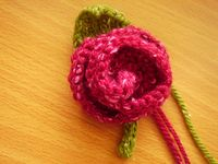 Simple Knitted Rose & Leaf