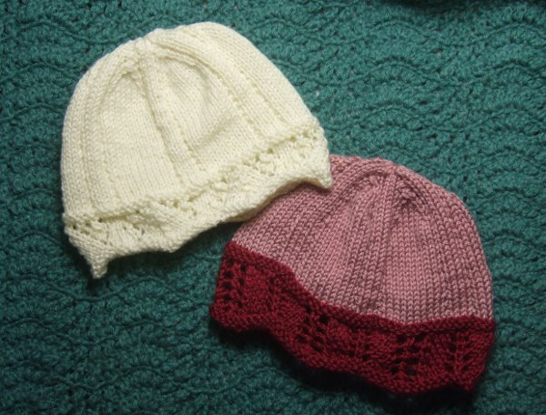 Knitting Patterns Galore - Lace Edged Chemo Caps