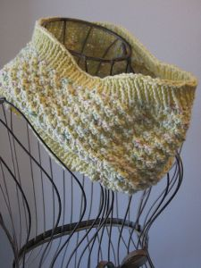Mellow Yellow Cowl