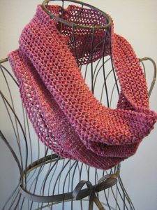 Sweet Strawberry Cowl