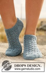 Knitted Ankle Socks with Lace