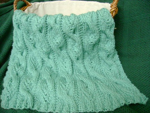Bulky Baby Blanket Knitting Pattern : Knitting Patterns Galore - Sweet Cables Baby Blanket