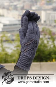 Midnight Boheme Gloves