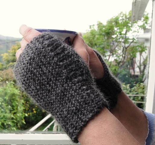Mens Knit Fingerless Gloves Pattern Disabilityafrica In 2018