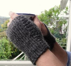 Easiest Wrist Warmer Gloves