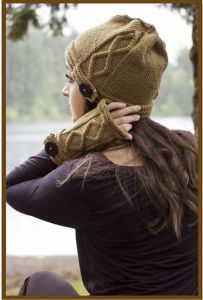 Cloche & Mitts in Elysian