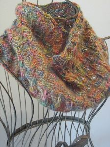 Eiffel Tower Eyelet Cowl