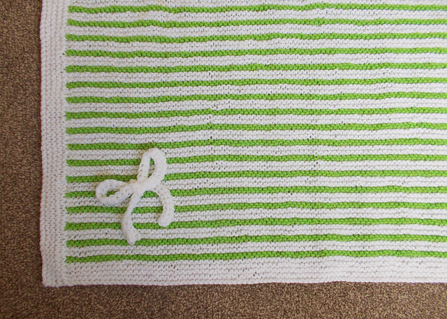 Knitting Patterns Galore - Easy Garter Stitch Striped Baby Blanket