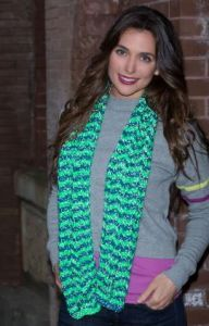 Wavy Stripes Scarf