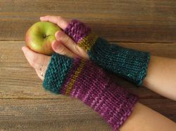 Mrs. Fitz Mini Mitts Outlander