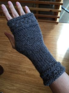 Fitted Fingerless Mitts Wrapped with a Cable