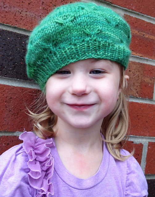 Knitting Patterns Galore - Little Bird Hat