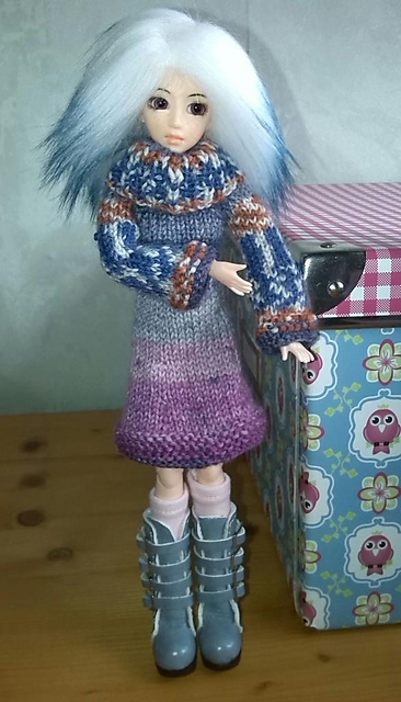 Knitting Patterns For Monster High Dolls : Knitting Patterns Galore -