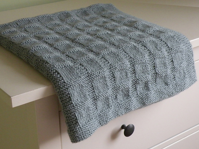 Knitting Pattern For Simple Blanket : Knitting Patterns Galore - Simple Blocks Baby Blanket