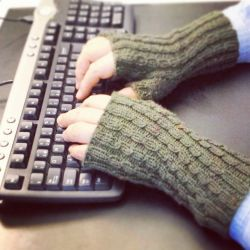 Data Centre Mitts