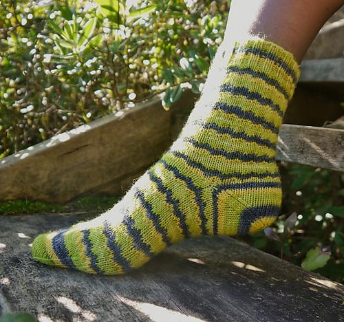 Knitting Patterns Galore Geek Socks