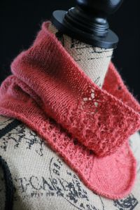 Pretty in Pink Cowl