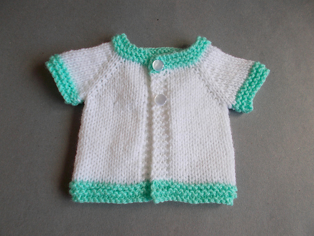 Knitting Patterns For Very Premature Babies : Knitting Patterns Galore - Tiny Topaz - Premature Baby Jacket