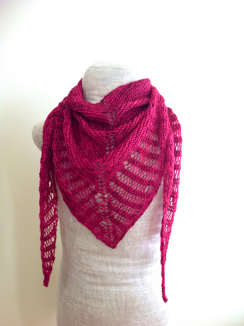 Knitting Paradise Free Knitting Patterns : Knitting Patterns Galore - Pink Paradise Shawl