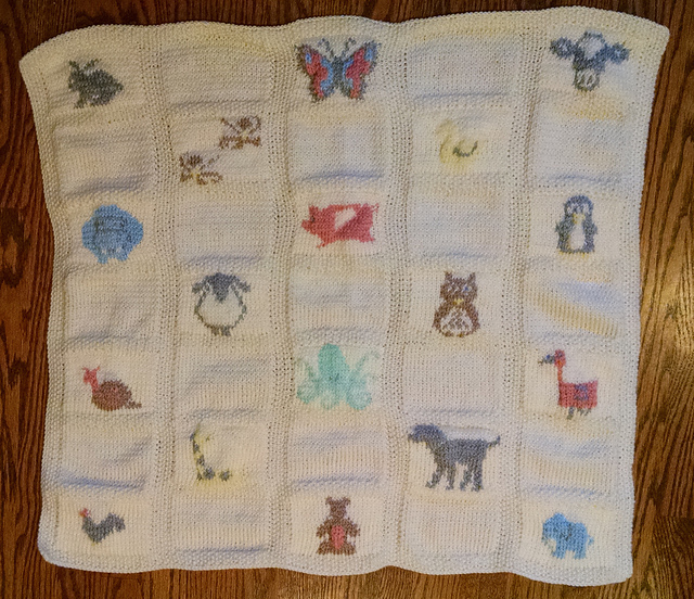 Knitting Patterns For Baby Animals : Knitting Patterns Galore - Animal Parade Baby Blanket