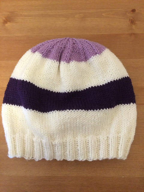 Free Knitting Patterns For Hats In The Round : Knitting Patterns Galore - Hawkeye Hat